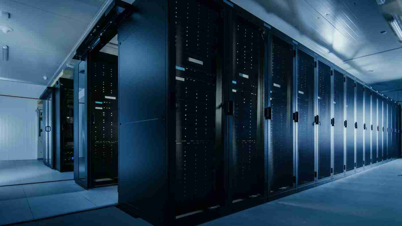 What is a Data Cabinet: Definition and Uses of Data Server Rack Cabinets